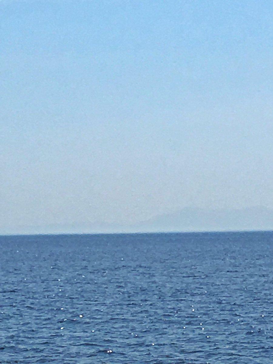 test ツイッターメディア - カブで佐渡ヶ島一周 その 12 松ヶ崎  新潟との最短距離の鴻ノ瀬鼻 角田岬からここまでわずか31.5km 海の向こうに弥彦山と角田山が薄く見える。  ブランチは 4分サラスパでアラビアータ、途中でチーズソースで味変。 コツ👉時間より早く火を止め、ゆで汁を少し残しておかないと細麺が絡まるから。 https://t.co/Gd0Gve5NxF