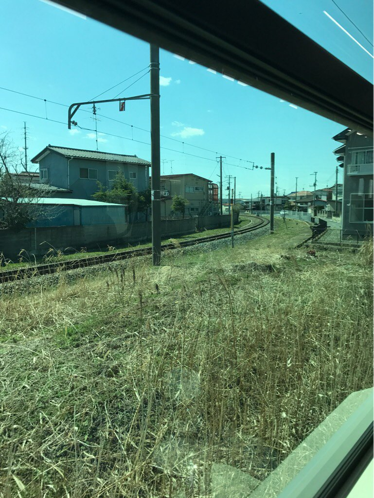 test ツイッターメディア - 離れていく貨物線を車内から見る。  仙石線陸前山下駅付近, 2018年3月30日 https://t.co/BSvsbaENn2
