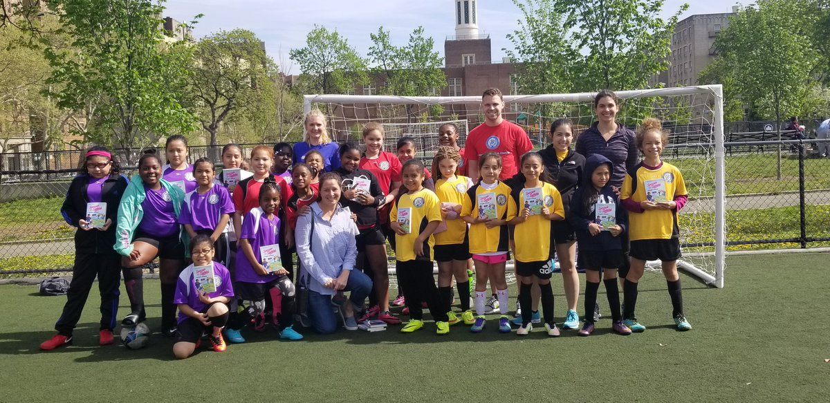 Check out this great group of kids who each took a copy of @soccersisters's Caught Offside home at the @SBronxUnited Literacy Day! #Soccersisters @Sourcebooks
