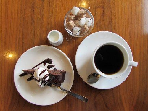 test ツイッターメディア - 【広島県東広島市】 待望の「カフェ」がオープンしていた山陽新幹線「東広島」駅前。某ランキングで1位を獲得したホテルチェーンもあり。 https://t.co/twmaX7ASwi  https://t.co/ZraZufkUSA