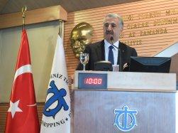 Ulaştırma, Denizcilik ve Haberleşme Bakanı Ahmet Arslan İMEAK Deniz Ticaret Odası Meclis Toplantısı'na katıldı