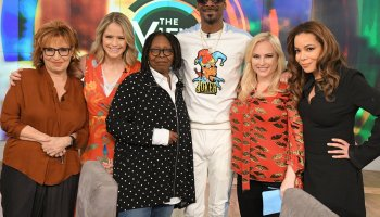 Celebrity Family Fued'S2 E3 Martha Stewart vs Snoop Dogg and