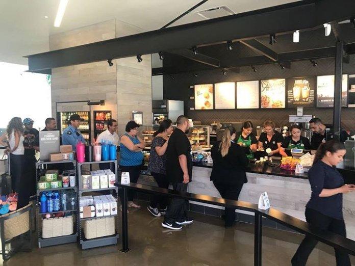 "Cross Border Xpress on Twitter: ""#Starbucks ya abrió en #CBX ..."