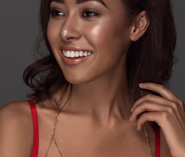 Makeup Makeupartist Mua Beauty Photography Highlight Naturalmakeup Natural Cosmetics Lips Eyebrows Portrait Photography Goddess Redbone