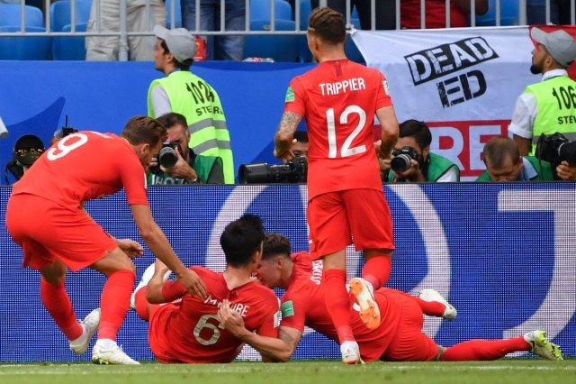 إنجلترا إلى نصف نهائي كأس العالم بالفوز على السويد بثنائية نظيفة 6