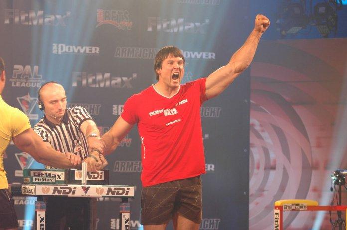 "Professional Armwrestling League on Twitter: ""The winner is: Devon Larratt.  How it will be on armfight #50? https://t.co/amNzjkdYrw #larratt #armfight  #armfight50 #vendetta #armwrestling… https://t.co/jyl7FFs5g4"""