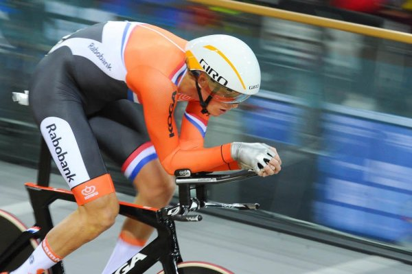 hour record keep up to date with the most prestigious - 1000×665