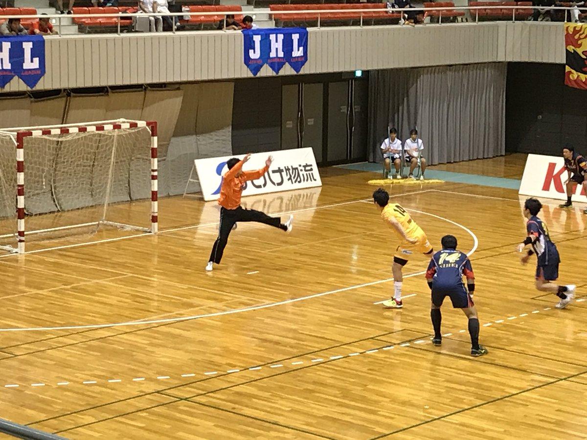test ツイッターメディア - 第1試合終了。 ワクナガレオリック 25-30 大同特殊鋼フェニックス  後半開始早々に一時逆転していたもののそのあとは常にビハインドの状態。  何より大同特殊鋼のチームの雰囲気が湧永より良かった。その時点で負けていた。  #ワクナガレオリック #handballjp #leolic #hiroshima #広島 #湧永製薬 https://t.co/MSF6eTh2hp
