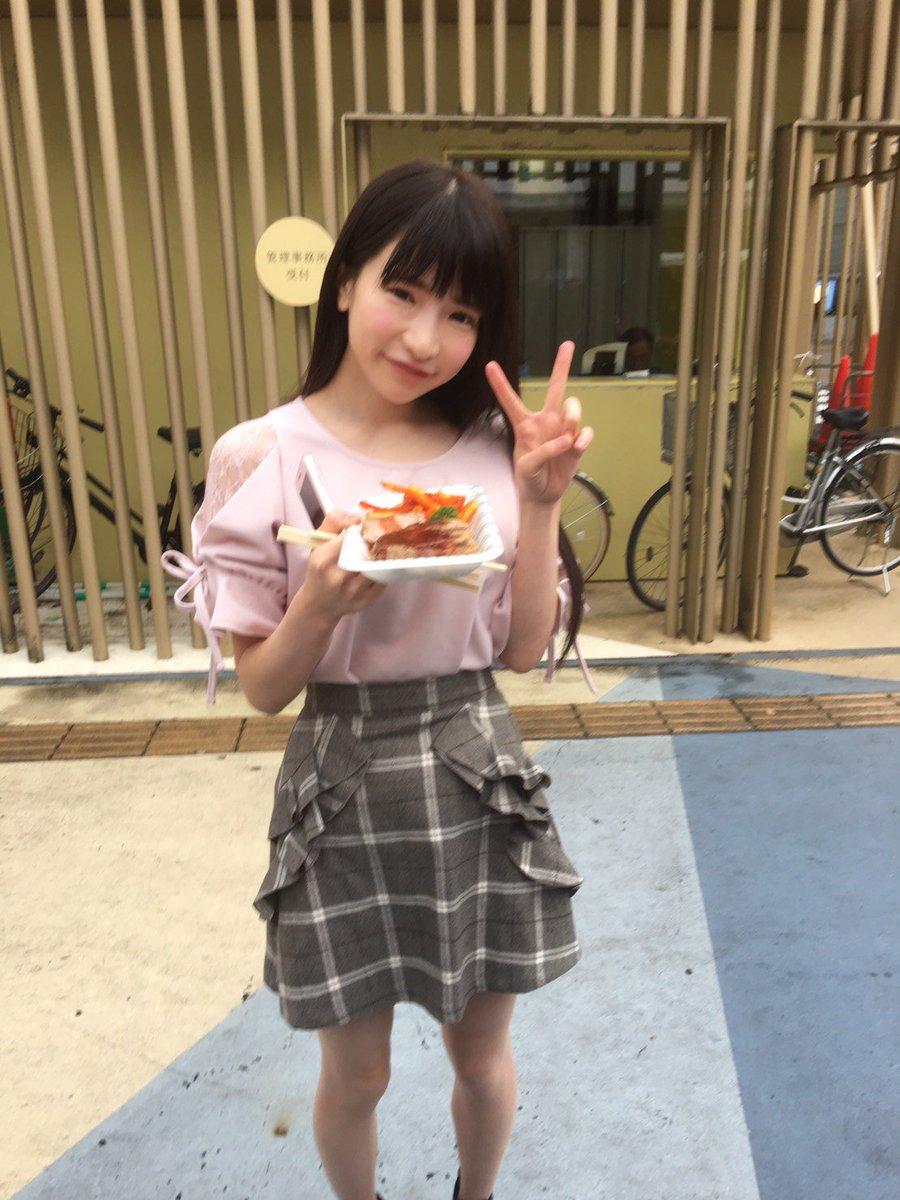 #爆食三姉妹 hashtag on Twitter