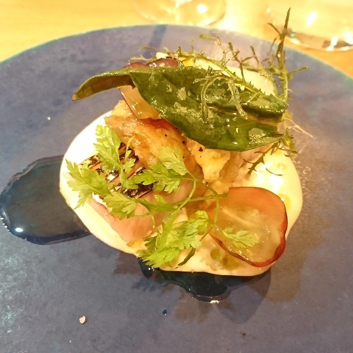 test ツイッターメディア - お魚の前菜は石巻産のサワラと焼きナス、アホブランコでした。アホブランコはアンダルシア地方のスープ料理で、にんにくとアーモンドを使った白いガスパチョ。一口で幸せになれました…❤️ #神楽坂エスタシオン https://t.co/bdqvUbC0hw