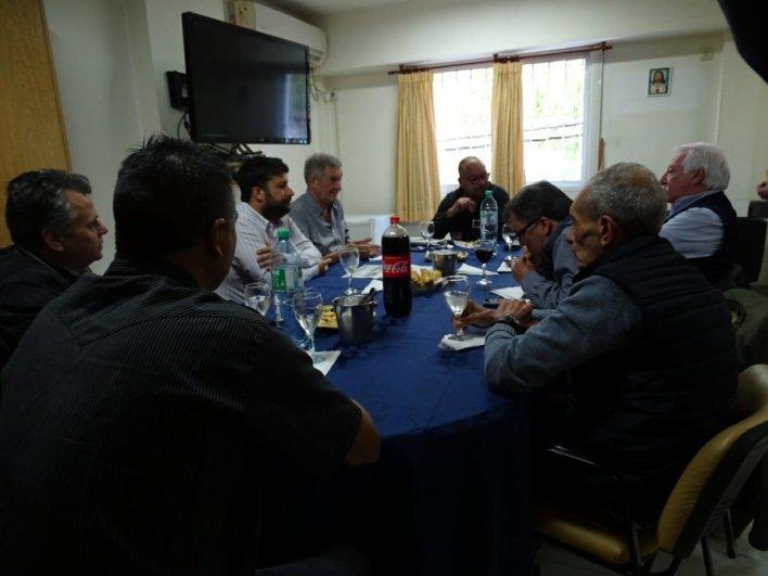 Mario Oporto visitó la UOM de Morón, en otro gesto de la interna peronista que se viene