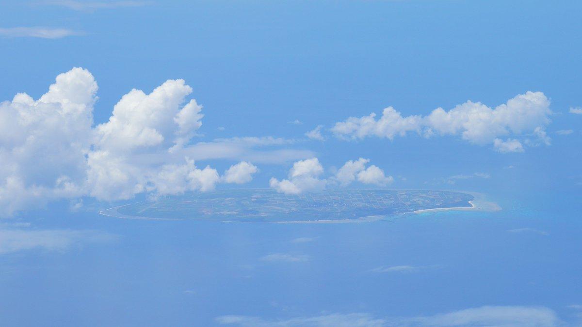 test ツイッターメディア - >>Rt 宮古島、下地島空港やるんだぁーーー!!これは非常に素晴らしい朗報 与那国島→那覇空港に向かう機内から撮影 1枚目 下地島空港 付近には絶景ビーチがあるようです 2枚目 宮古島伊良部大橋(料金無料の橋梁では日本最長) 3枚目 我が有人島最南端、波照間島 4枚目 ここが来年には化けるのか! https://t.co/KyEaCK0mZw
