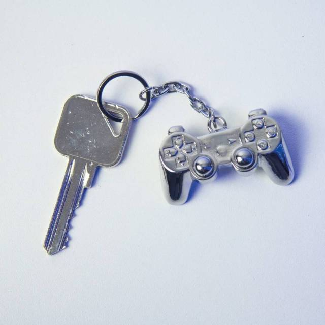 Playstation: 3D Metal Keychain https://t.co/AQZ4S2eVU5 #gaming #playstation...