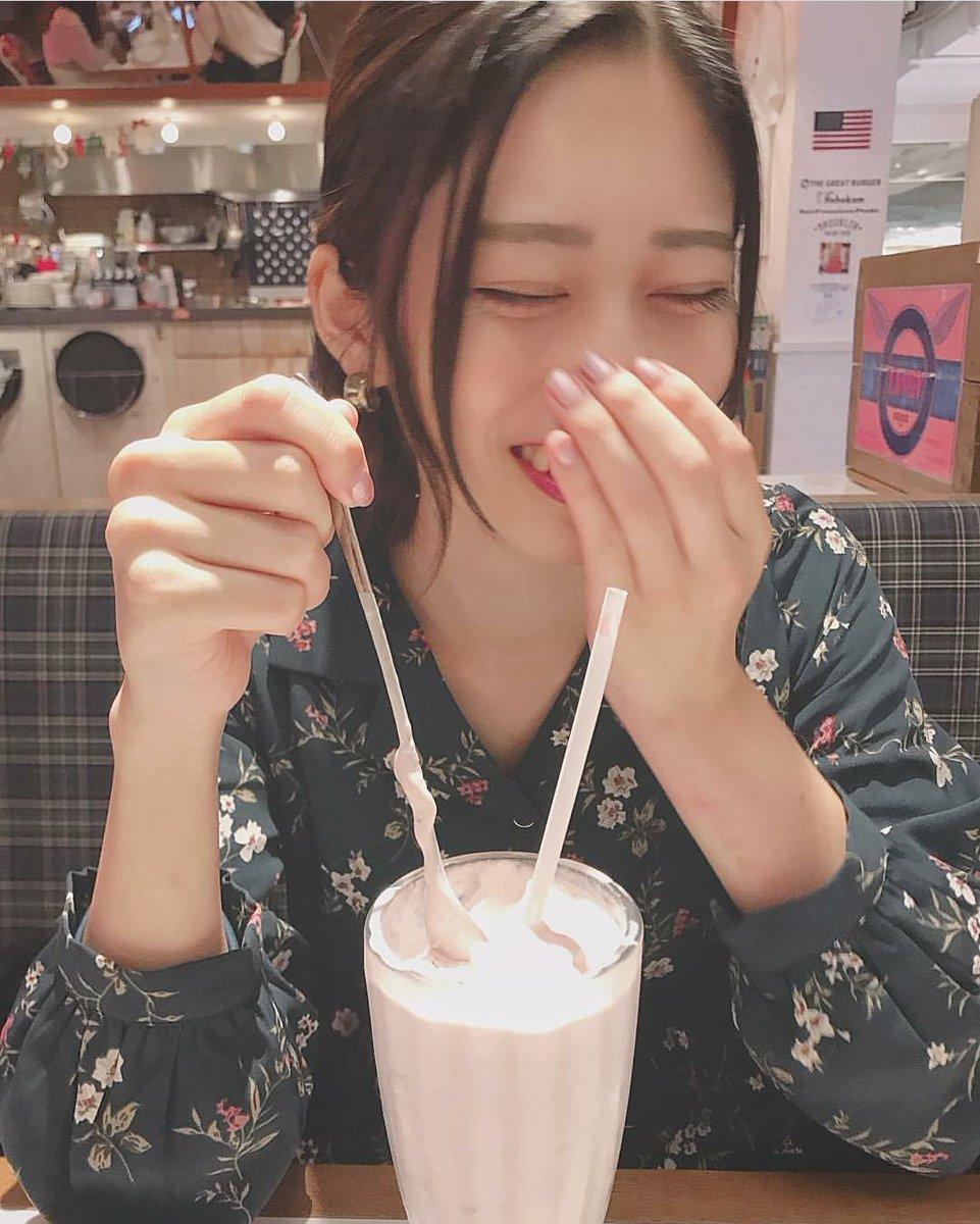 test ツイッターメディア - 本日の小泉留菜 @koizumiruna_  彼女とカフェなうに使えるかもしれないショット。 安定のデコだしの正義発動中。 笑みに癒されました。 https://t.co/bE8qu1LDU7
