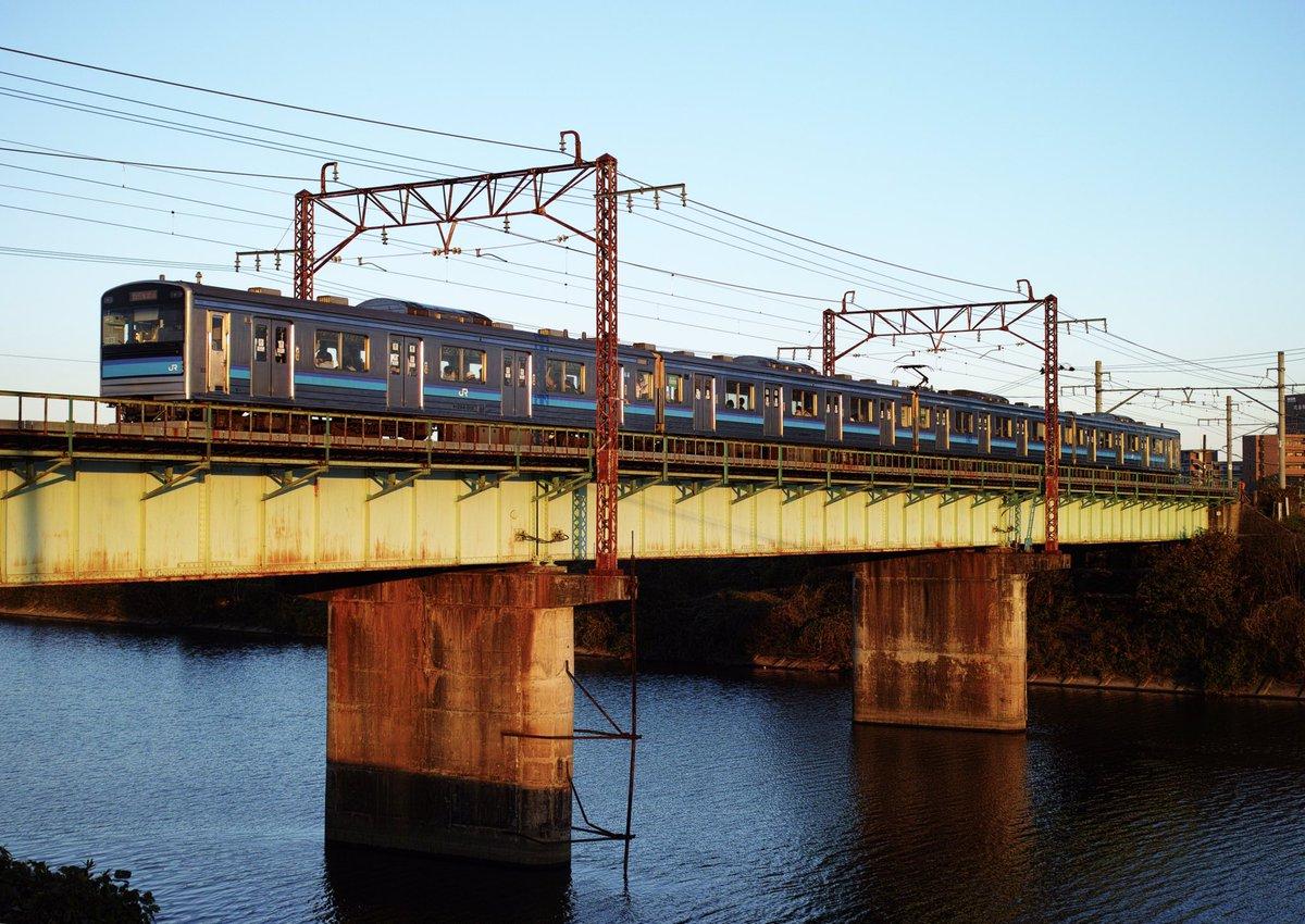 test ツイッターメディア - 低光線の日常。 なんだか哀愁漂わせてしまった(笑) . 2018.11.4 仙石線 陸前高砂-福田町 . #205系 #仙石線 #鉄分 #JR東日本 #夕焼け #空 #sky #Japanese_culture #sendai #miyagi #tohoku #japan #鉄道  #行くぜ東北 #railway #cool #cooljapan #nostalgie #train #ステンレス #鉄橋 https://t.co/i7AszROfxs