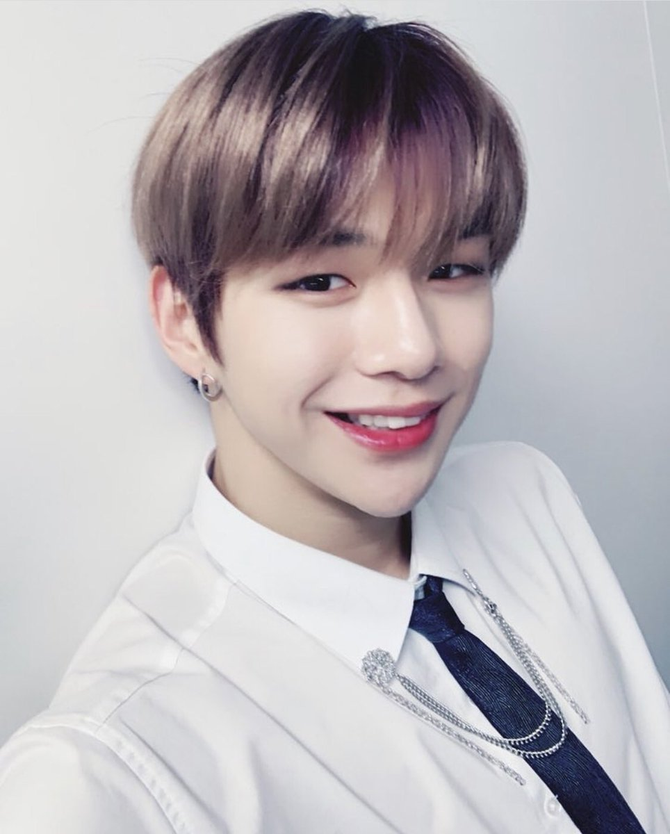 Image result for kang daniel site:twitter.com