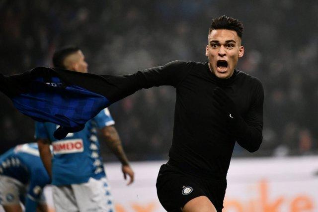 انتر 1 - 0 نابولي : الأرجنتيني مارتينيز يسرق نقاط المباراة للنيراتزوري 27
