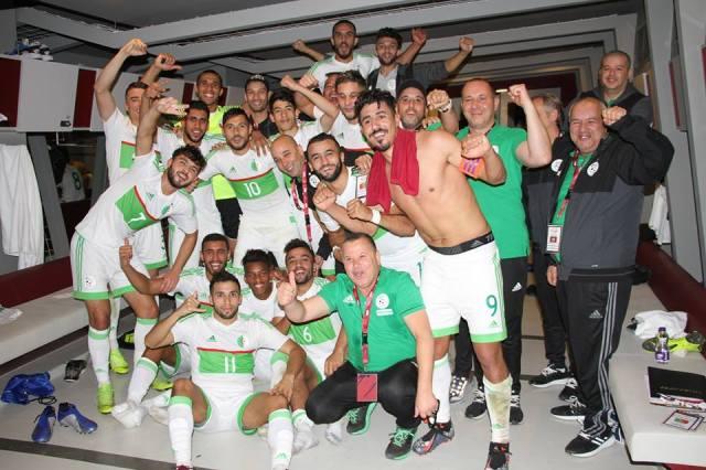 المنتخب الوطني بقيادة بغداد بونجاح يفوز على منتخب قطر 28