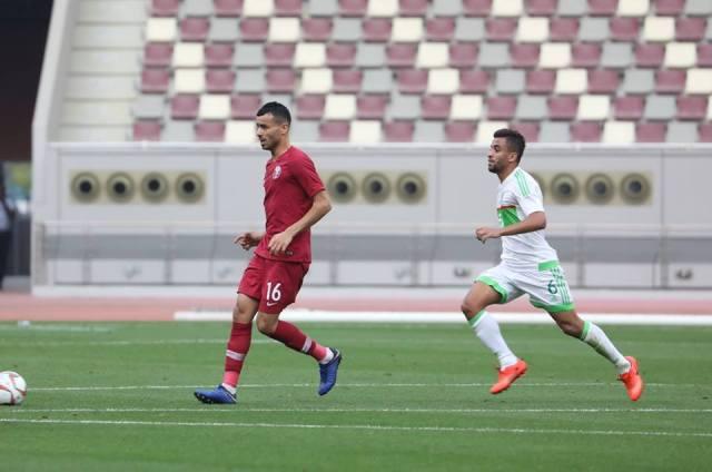 المنتخب الوطني بقيادة بغداد بونجاح يفوز على منتخب قطر 27