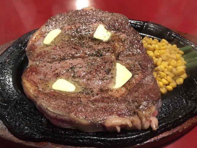 test ツイッターメディア - ビリー・ザ・キッド 西蒲田店(蒲田、蓮沼/ステーキ) https://t.co/IVjKrmgs8U 400gのテキサスステーキセットを注文。このお肉でこれで約3000円はコスパがいいと言っていいですかね。残念だったのは、接客担当スタッフが厨房の方にいて、呼んでもなかなか出てこないというのが、他の席でも見受けられ… https://t.co/hpBb827seC