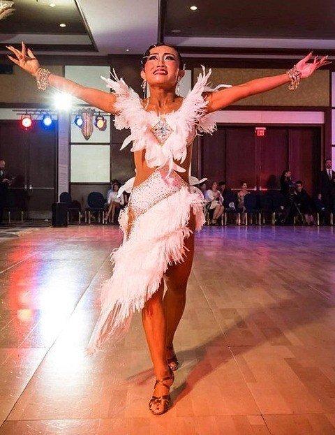 test ツイッターメディア - キンタロー。ロペスとの最後の社交ダンス結果を報告「号泣した」「美しすぎる」と称賛の声 https://t.co/Lw6UtJNrog https://t.co/LiiMzWbnb1