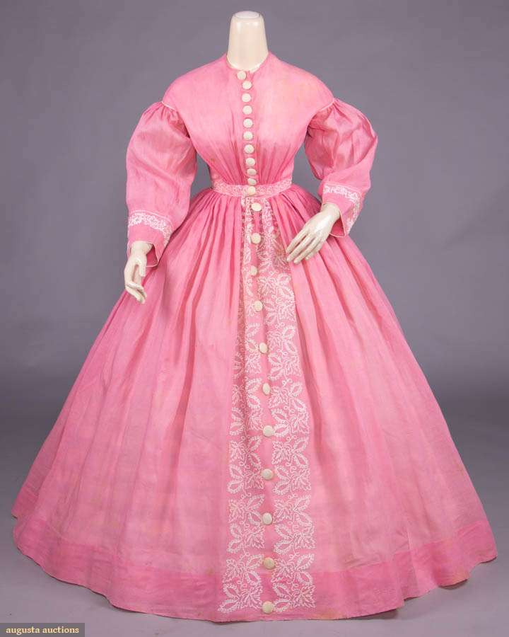 Pink linen day dress w/ bodice front gathered into W, faux 1830s revival gigot sleeves, linen covered button button CF closure continuing down over CF skirt to hem, maple & scrolling leaf motif in white cotton soutache braid to CF skirt, cuffs & W band, 1855-1860 - via Augusta Auctions