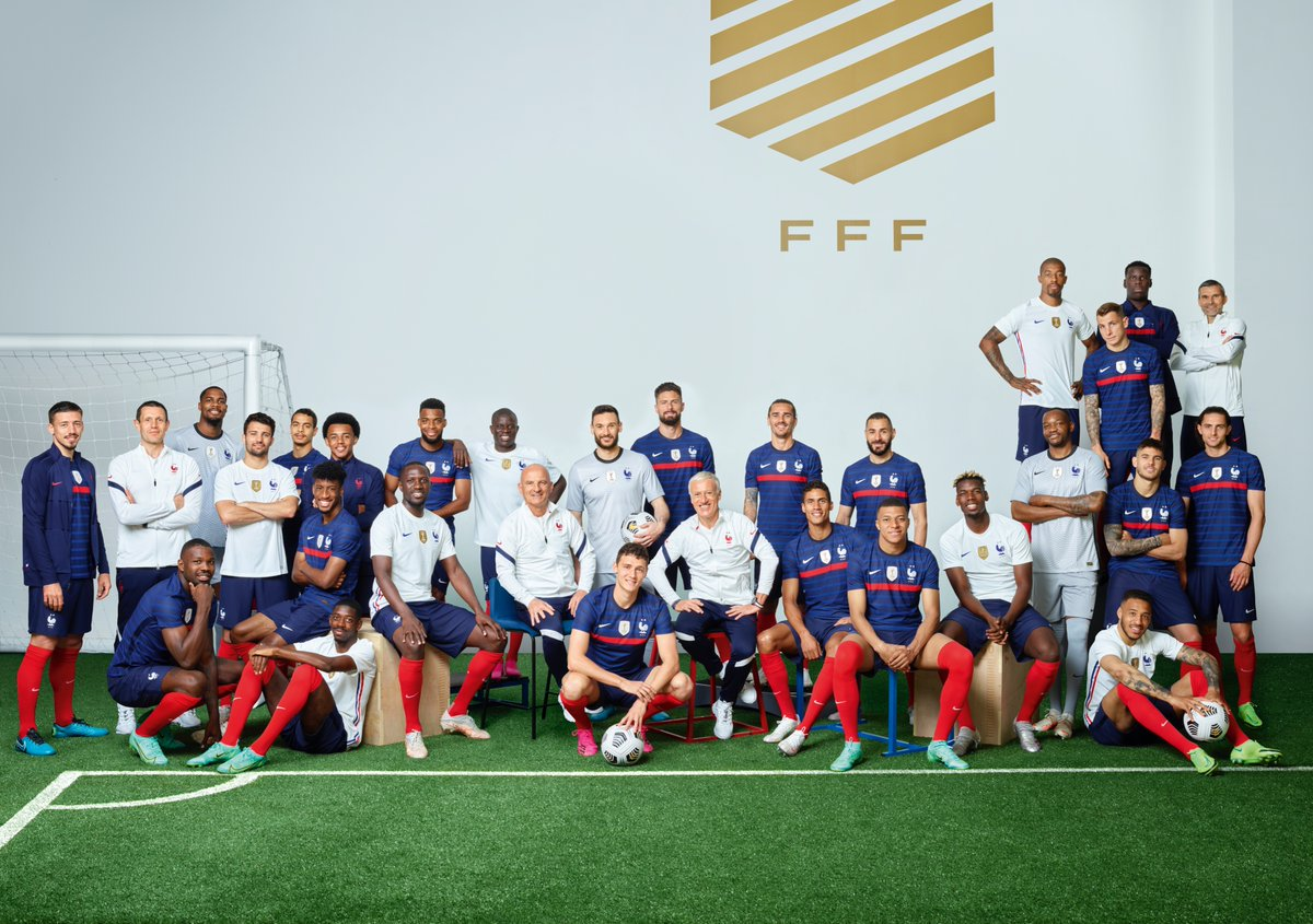 How can i meet my favorite football team? French Team On Twitter Relaxed And Focussed D Deschamps Fiersdetrebleus