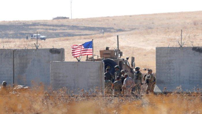 Турецкие и американские солдаты на турецко-сирийской границе Фото: Murad Sezer / Reuters