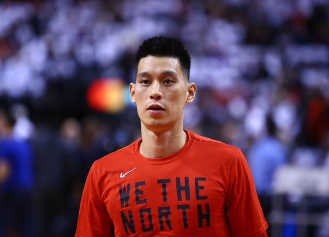Jeremy Lin announces he'll play for the Beijing Ducks in China next season.