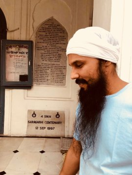 """Randeep Hooda on Twitter: """"There are 3 Gurudwaras dedicated to these brave  hearts..this one is next to Harminder Saab(Golden Temple)that 1 can visit &  pay homage to this paltan minus of the"""