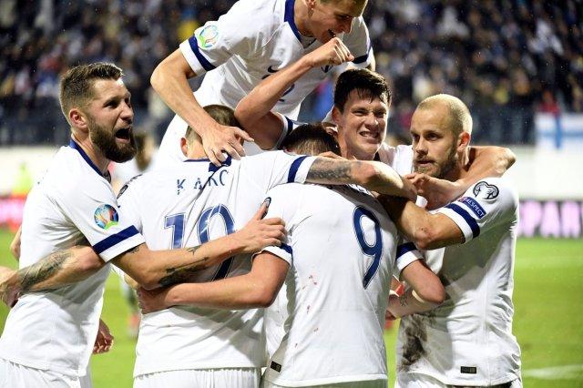 """Invictos on Twitter: """"Por primera vez en TODA la historia, Finlandia se  clasifica a un gran torneo de selecciones. Nunca antes se habían metido a  un Mundial o a una Euro. Hoy,"""