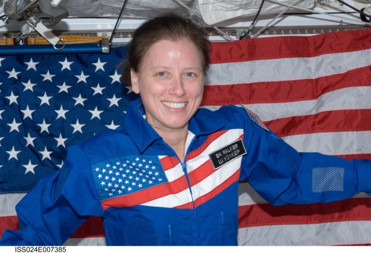 "NASA Astronauts on Twitter: ""Are you ready to #BeAnAstronaut? Before you apply, check out the 14 things that Shannon Walker wishes she'd known before becoming an astronaut. 👉https://t.co/hEIo2xyiI0… https://t.co/Bjf6ghIf11"""