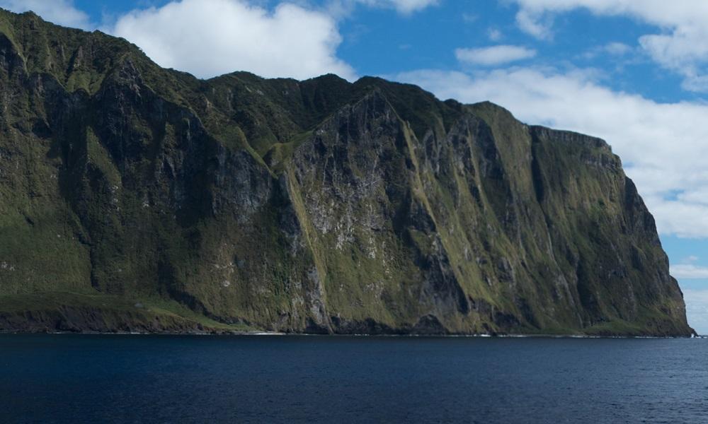 Isla inaccesible Tristán de Acuña