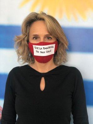 """Laura Raffo on Twitter: """"La violencia contra las mujeres también es una  pandemia. Crece con el confinamiento y nos pone en riesgo a todas. Hoy más  que nunca que nada nos calle."""