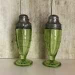 Two Ladybugs Vintage On Twitter Green Depression Salt Pepper Shakers Block Optic Anchor Hocking Vintage Kitchen Farmhouse Kitchen Etsy Green Housewarming Glass Fathersday Vintageshakers Blockopticpattern Greenshakers Vintageglass