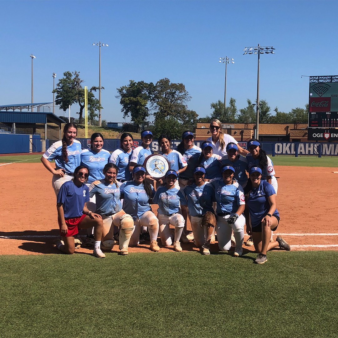 test Twitter Media - RT @Rangers: Congratulations to @RangersYA Softball who won the @JennieFinch Classic Championship earlier today! https://t.co/ZY2p6b0ppo