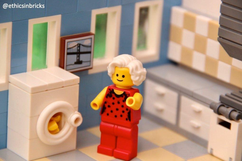 Eb0yMwMWkAAQwvQ - Raising Robots - LEGO Mindstorms EV3 & WeDo