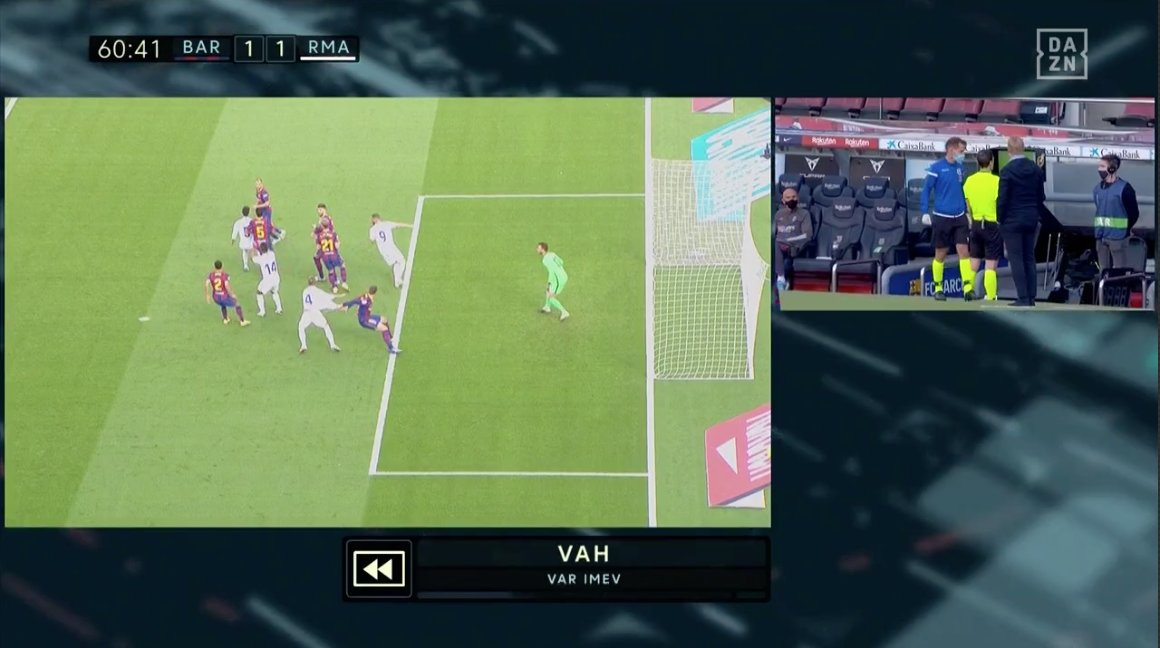 """Goal's tweet - """"After a VAR review, it was decided that Clement Lenglet had brought down Sergio Ramos inside the box 🎥 Penalty? 🤔 #ElClasico """" - Trendsmap"""
