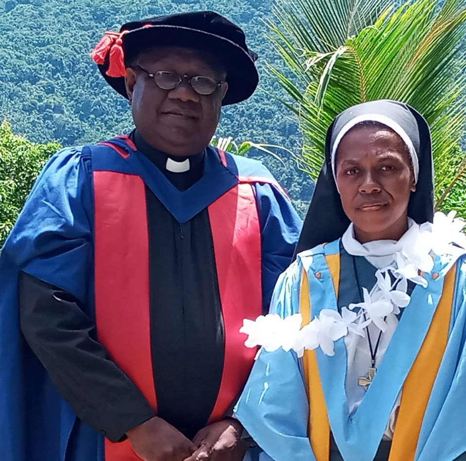 Sr Noelyn Vuta of the Community of the Sisters of the Church (CSC) graduated with a Diploma in Theology with Distinction at Tasia, Ysabel winning all…