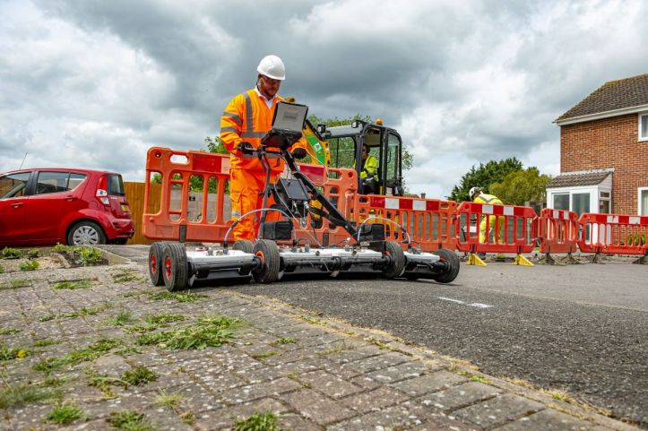 test Twitter Media - Government abandons target of UK nationwide fibre coverage by 2025 https://t.co/aH37WwOEDf https://t.co/ALnIGMbJ8g