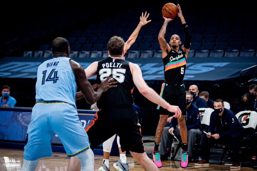 Spurs beat Grizzlies 131-119