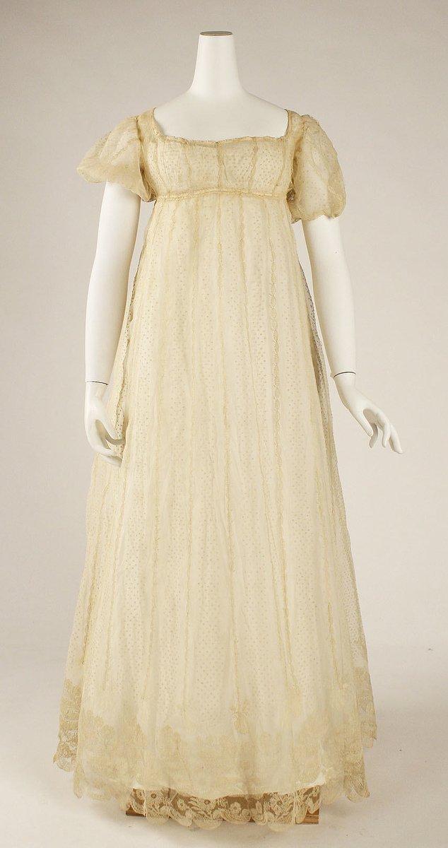 Regency era gown, ca 1800-1815, Met museum. Public Domain.