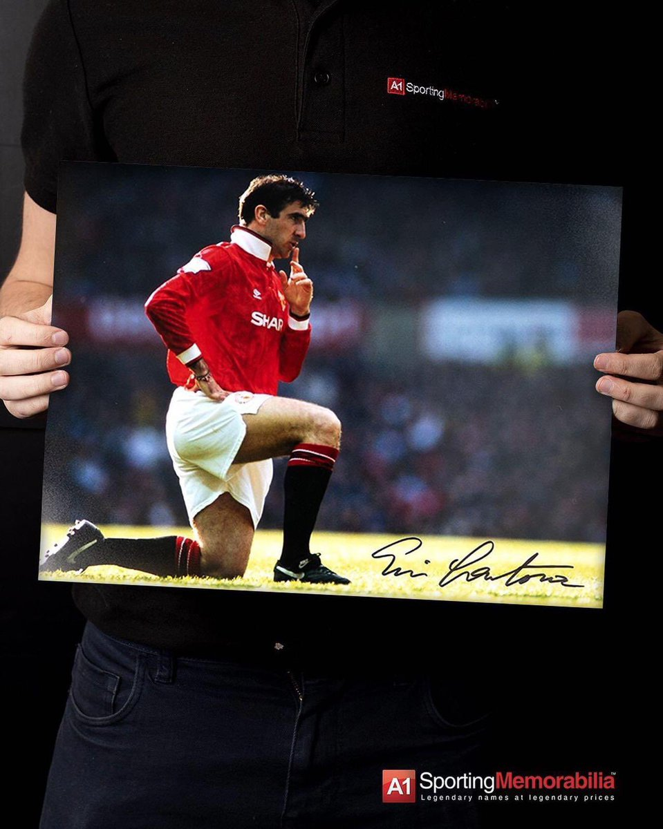 Il y a 7 ans. A1 Memorabilia On Twitter On This Day In 1993 Eric Cantona Pulls Off This Iconic Celebration After Scoring Against Cross Town Rivals Manchester City At Old Trafford What Is Your All Time Favourite