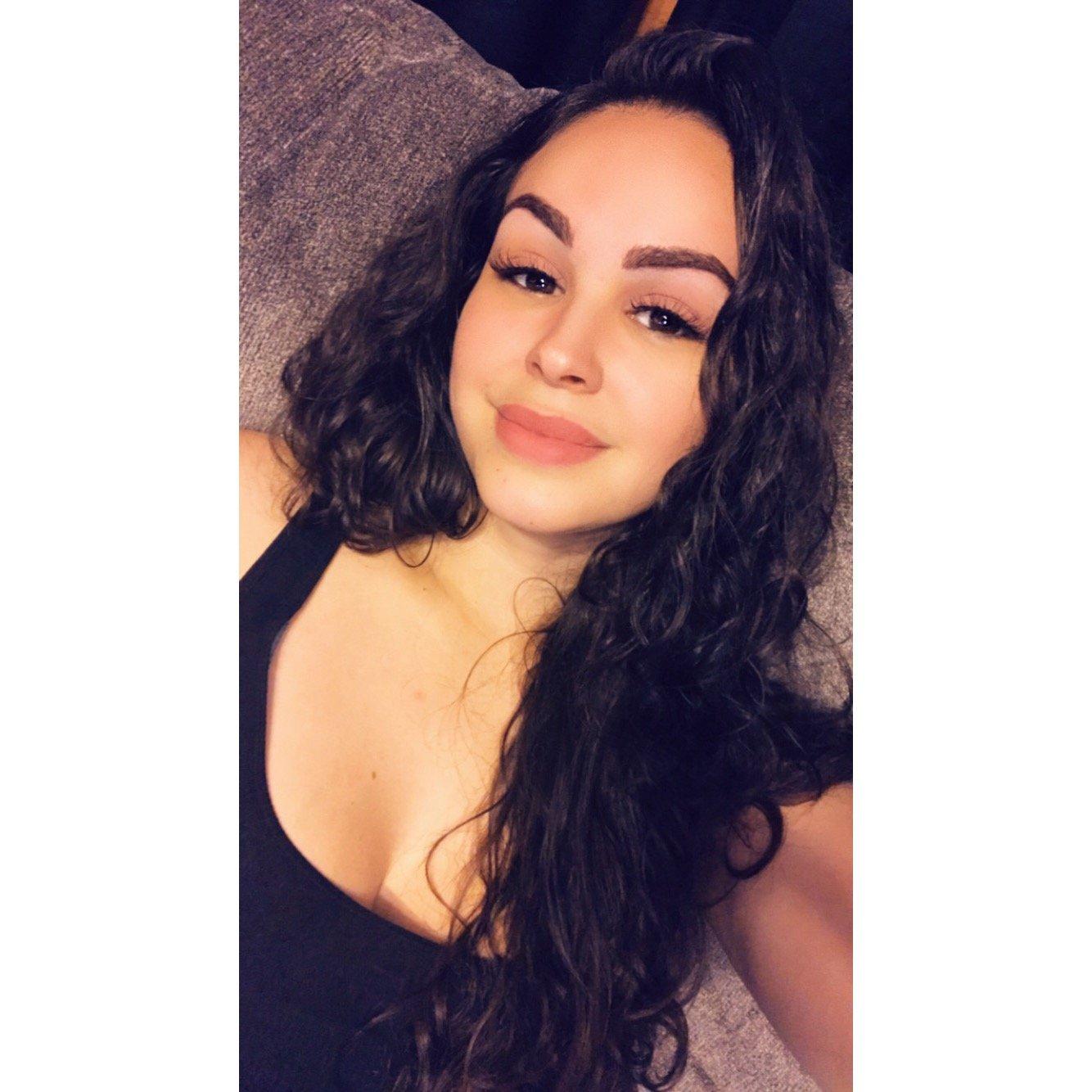 Alyssa Diaz Hot alyssa diaz (@adiaazz) twitter | hot trending now