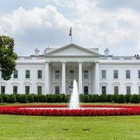 The White House (@WhiteHouse )