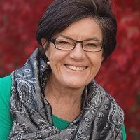 Cathy McGowan (@Indigocathy )