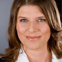 Carolin HannigSachon (@channigsachon )