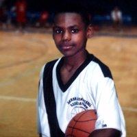 LeBron James (@KingJames )