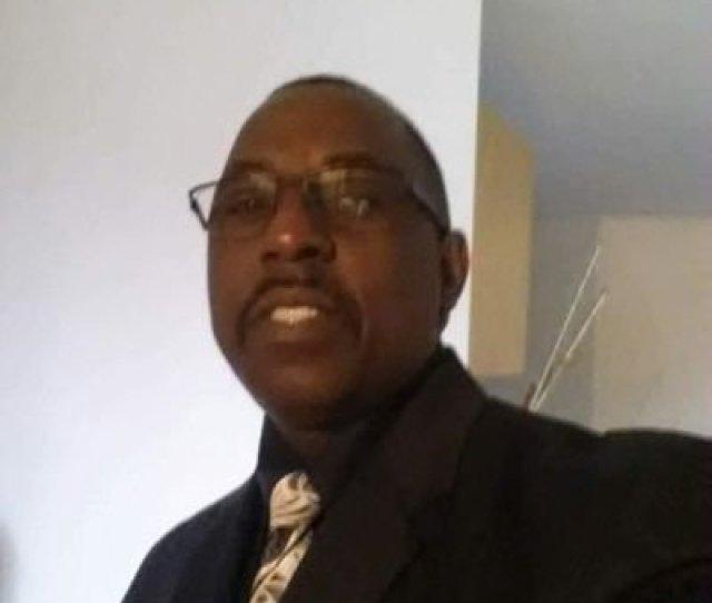 Reggie G Moore