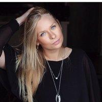 Christina Nielsen (@ChristinaRacing )